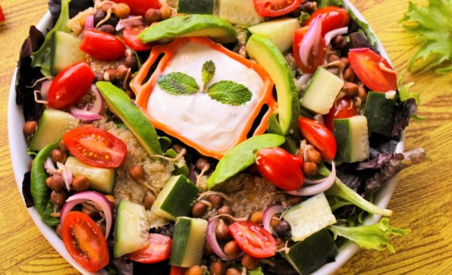 Boost up your weekday lunch with Quinoa 'Power' Salad
