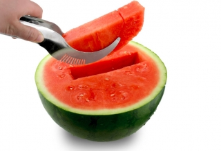 Giveaway Time!!! Enter to win this Watermelon Knife to Enjoy your summer parties with convenience !