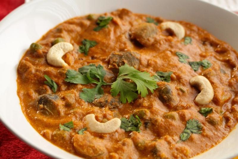 Mushroom Peas Curry-Shaadiwale Matar Mushroom
