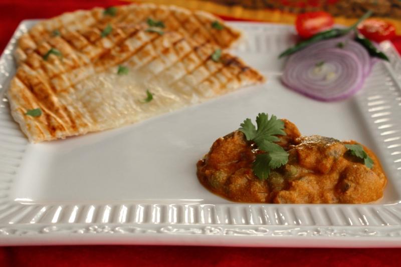 Shaadiwale Mushroom Matar-Mushroom Peas Curry