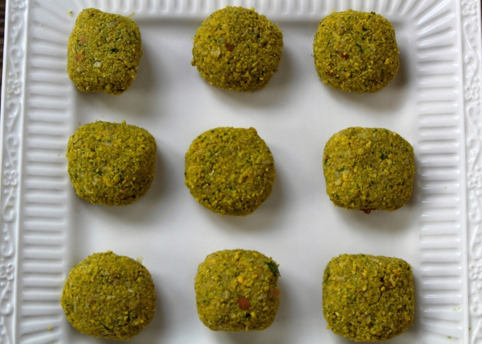 Baked Falafel-Middle Eastern Street food-by gingeritup.com