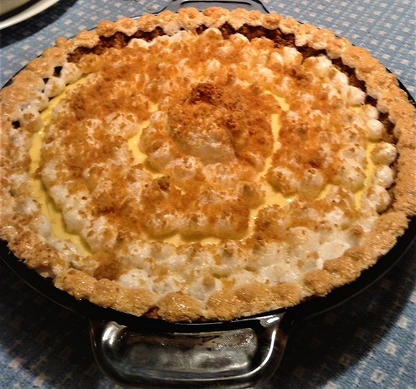 Graham Cracker Cream Pie