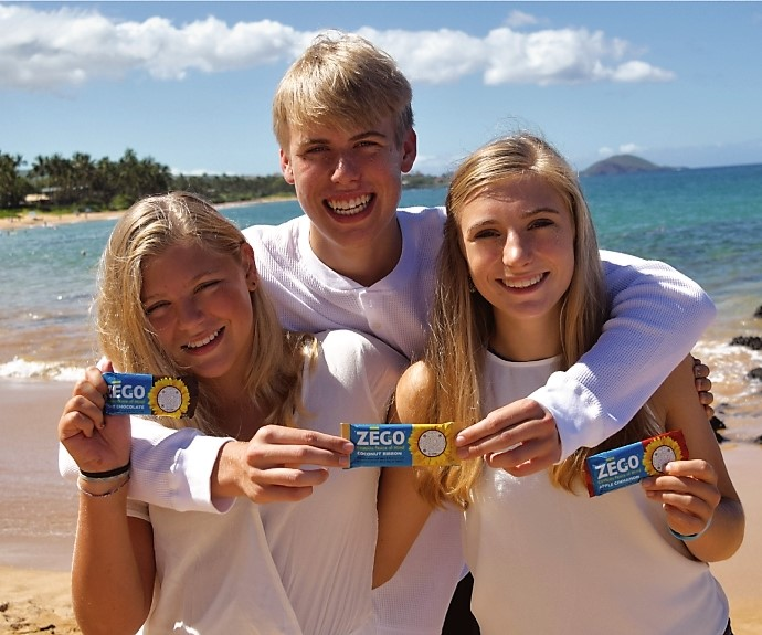 Colleen's kids in Hawaii with ZEGO bar