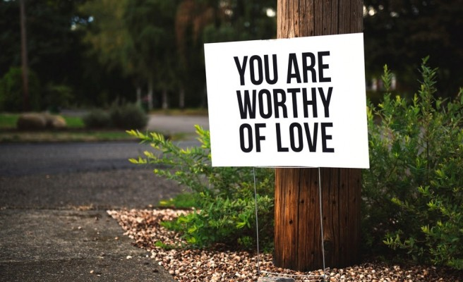 8 Ways to Love Yourself More in 2019